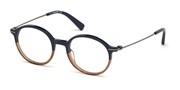 Acheter ou agrandir l'image du modèle DSquared2 Eyewear DQ5286-092.